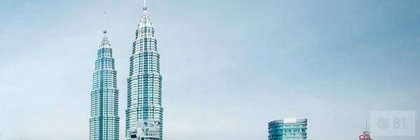Petronas Twin Tower Klcc Best Tourist Attractions And Places To Visit In Malaysia 2014